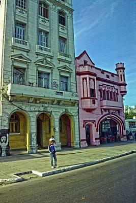 Photograph - Havana-53 by Rezzan Erguvan-Onal