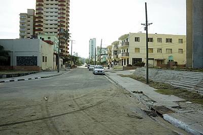 Photograph - Havana-7 by Rezzan Erguvan-Onal
