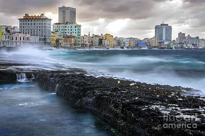 Photograph - Havana After The Storm by Jose  Rey