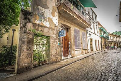 Photograph - Havana by Bill Howard