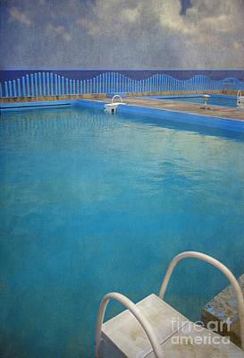 Print featuring the photograph Havana Cuba Swimming Pool And Ocean by David Zanzinger