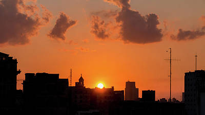Photograph - Havana Sunset by David Warrington