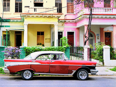 Photograph - Havana Uber by Dominic Piperata
