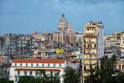 Photograph - Havana Vieja 2 by Arthur Dodd