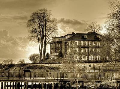 Susquehanna River Photograph - Havre De Grace Promenade by Debbi Granruth