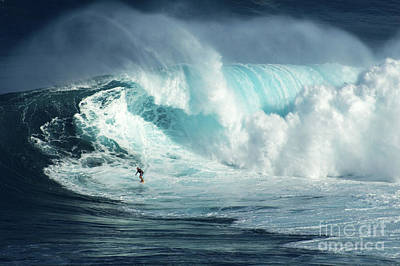 Photograph - Hawaii Surfing Jaws 1 by Bob Christopher