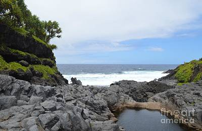Photograph - Hawaiian Cove by Michelle Welles