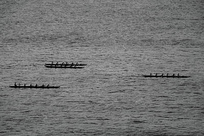 Photograph - Hawaiian Rowers by Dave Matchett