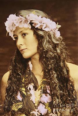 Hawaiian Wahine Art Print by Himani - Printscapes