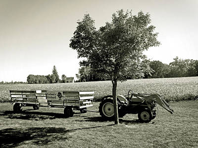 Photograph - Hay-ride Ready by Robert Meyers-Lussier