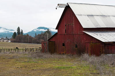 Photograph - Hayfork Red Barn by Lorraine Devon Wilke