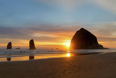 Photograph - Haystack Rock At Cannon Beach During Sunset by Jit Lim