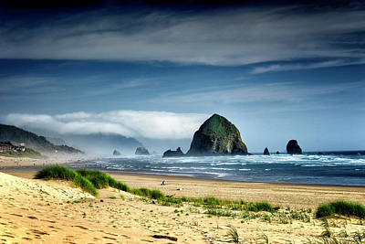 Photograph - Haystack Rock Cannon Beach Oregon Dsc04251 by Greg Kluempers