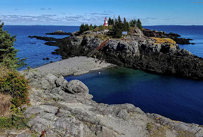 Photograph - Head Harbour Lighthouse by Marilyn Burton