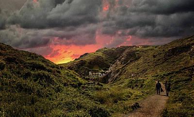 Cornwall Wall Art - Photograph - Heading To Beach by Martin Newman