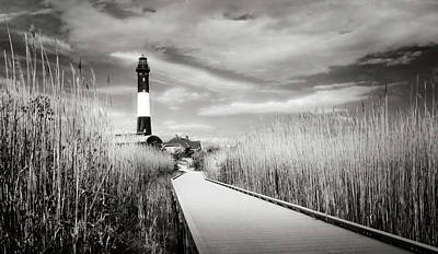 Photograph - Heading To The Lighthouse by Vicki Jauron