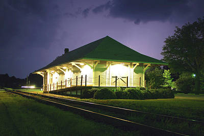 Photograph - Heath Springs Depot 40 by Joseph C Hinson Photography