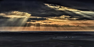 Photograph - Heavens Rays Over The Palouse by Wes and Dotty Weber
