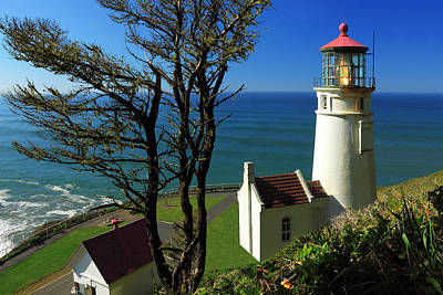 Photograph - Heceta Head Lighthouse by James Eddy