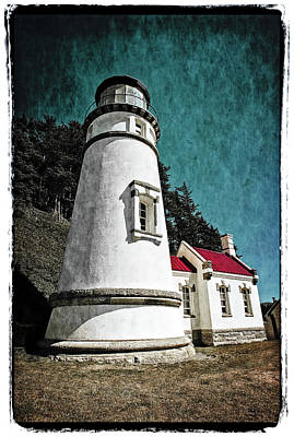 Art Print featuring the photograph Hecitia Head Lighthouse by Jeffrey Jensen