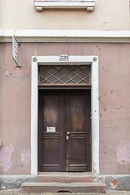 Photograph - Heidelberg Door 02 by Teresa Mucha
