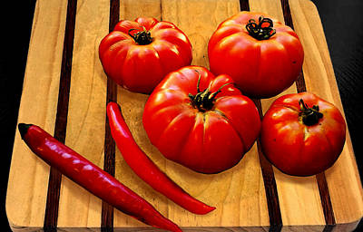 Photograph - Heirloom Tomatoes by Susan Vineyard