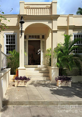 Photograph - Hemingways' Cuba House No. 11 by Craig J Satterlee