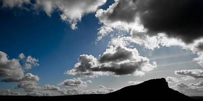 Peak District Photograph - Hen Cloud by Chris Dale