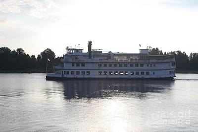 Photograph - Henrietta IIi Riverboat Floating Down Cape Fear Nc by John Telfer