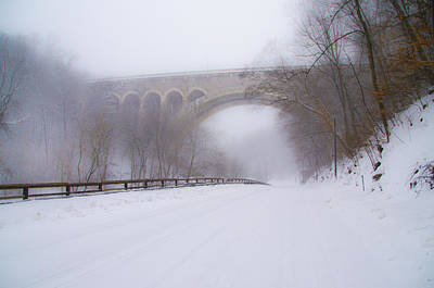 Creek Photograph - Henry Avenue Bridge And Lincoln Drive In The Snow by Bill Cannon