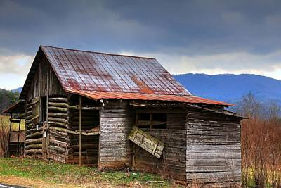 Photograph - Henry Davis Log Barn In North Carolina by Carol Montoya