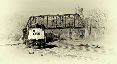 Photograph - Here Comes 8733 by Mike Martin
