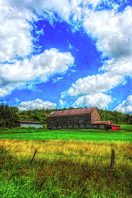 Photograph - Herkimer County Barn by Guy Whiteley