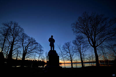 Photograph - Hero At Dawn by John Meader