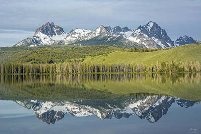 Photograph - Heyburn And Horstmann Peaks by Aaron Spong