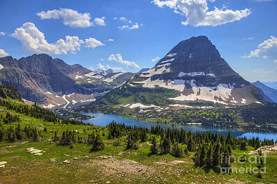 Hidden Lake And Bearhat Mountain Art Print