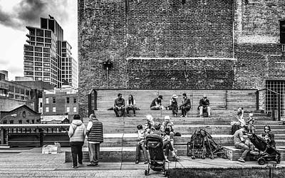 Photograph - Highline Lunch Break by Framing Places