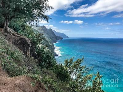 Photograph - Hiking Napali by William Wyckoff