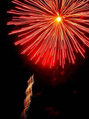 Photograph - Hilliard Ohio Firework 2  by Beth Akerman