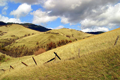 Hills Above Ashland Art Print