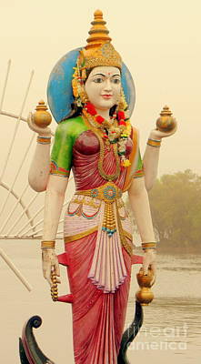 Photograph - Hindu God 3 by John Potts