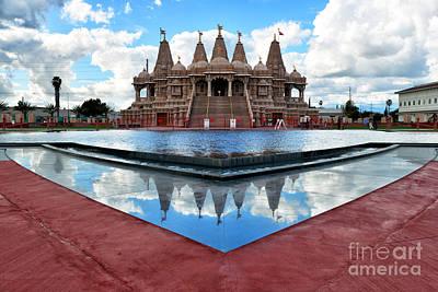 Hindu Goddess Photograph - Hindu Temple Baps Shri Swaminarayan Mandir by Peter Dang