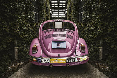 Chrome Bumper Photograph - Hippie Chick Love Bug by Scott Norris