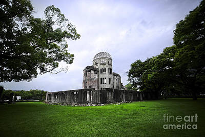 Photograph - Hiroshima A-bomb Dome by Ben Johnson