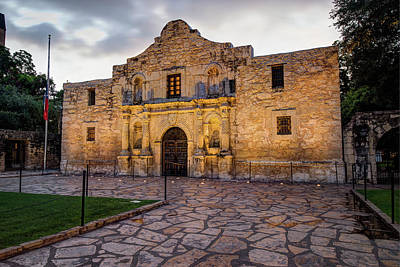 Photograph - Historic Alamo Mission - San Antonio Texas by Gregory Ballos