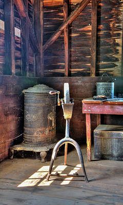 Photograph - Historic Barn Workshop by Gary Slawsky