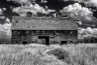 Register Photograph - Historic Blasdel Barn In Kalispell by Mark Kiver
