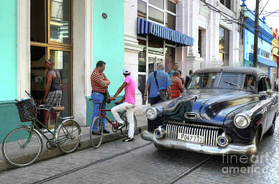 Becky Photograph - Historic Camaguey Cuba Prints The Cars 2 by Wayne Moran