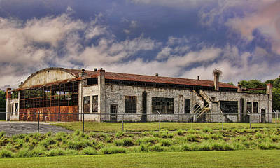 Photograph - Historic Curtiss Wright Hanger by Steven Richardson