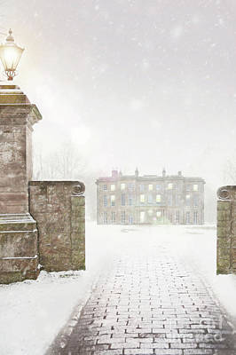 Historic Snowy Mansion Photograph - Historic Mansion House In Snow by Lee Avison